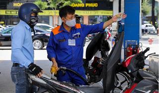 Giá xăng tăng lần thứ 4 liên tiếp, lên gần 15.000 đồng/lít