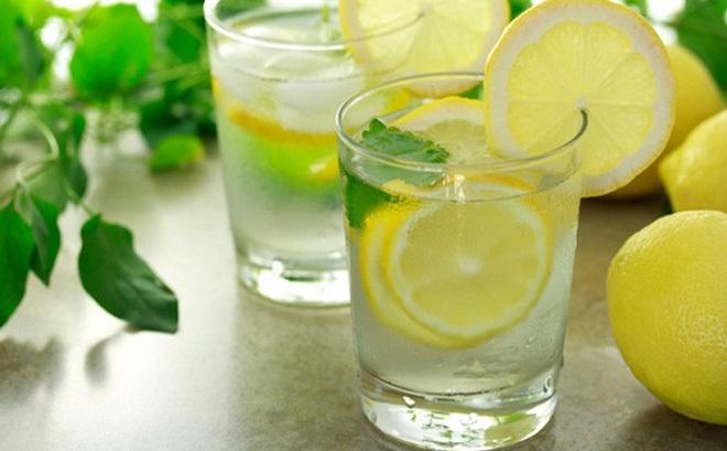 Một cốc nước chanh ấm mỗi ngày có thể tiêu diệt tế bào ung thư hiệu quả
