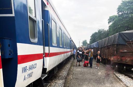 Tin tức trong ngày 28/6, ngày 29/6 đóng cửa một đường băng Tân Sơn Nhất và Nội Bài để sửa chữa