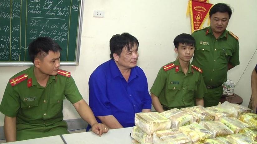 Bắt quả tang đối tượng ở Nghệ An vận chuyển 50 kg ma túy