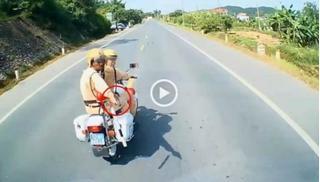 CSGT Lạng Sơn nói gì về việc chĩa súng trấn áp lái xe tải ngoan cố?