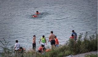 Tắm ở sông Đà, học sinh lớp 7 đuối nước tử vong