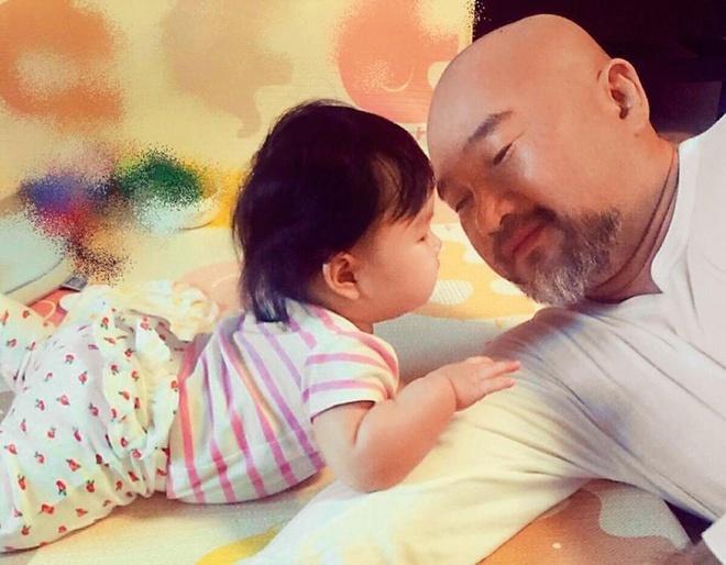 Chồng 'nữ hoàng kiêu vũ xứ Đài' bị trầm cảm, giam con gái trong nhà sau cái chết của vợ