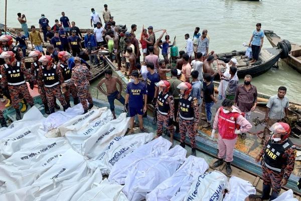 Phà lật  ở Bangladesh, 23 người thiệt mạng hàng chục người mất tích