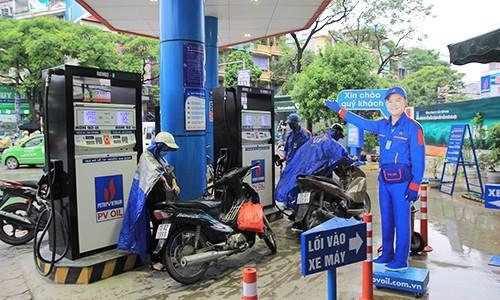 Giá xăng dầu hôm nay 30/6: Tiếp tục trích vào quỹ bình ổn, giá xăng dầu bật tăng trở lại