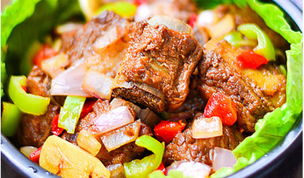 Làm món sườn kho ngũ sắc thơm ngon, đẹp mắt cho bữa cơm thêm hấp dẫn