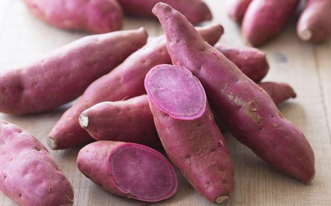 3 nhóm người dù có thèm đến mấy cũng đừng ăn khoai lang kẻo gây hại sức khỏe