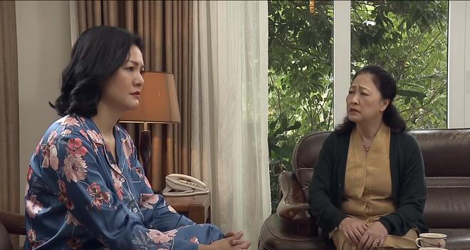 'Đừng bắt em phải quên' tập 21: Duy tỏ tình với Ngọc, Ngân hốt hoảng khi người yêu cũ đến nhà