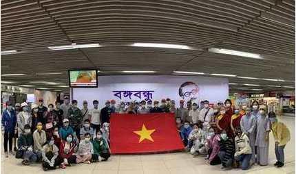 Đưa hơn 200 công dân Việt Nam từ Nam Á về nước