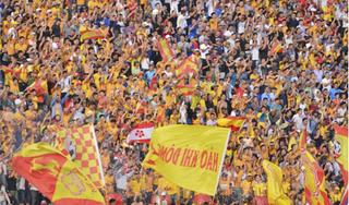 CĐV Nam Định kiến nghị VFF cho đá lại trận Hải Phòng-Nam Định