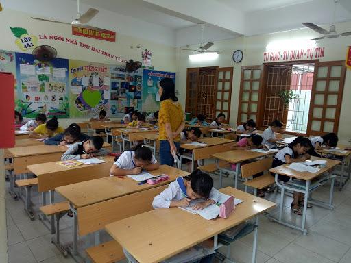 Kon Tum cho học sinh nghỉ học để phòng chống bệnh bạch hầu