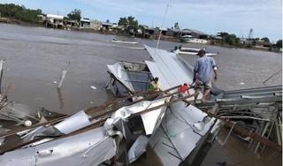 Tin tức trong ngày 5/7: 12 căn nhà bị sụp xuống sông lúc nửa đêm ở Cà Mau