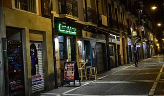 Thêm một thành phố của Tây Ban Nha bị tái phong tỏa vì Covid-19
