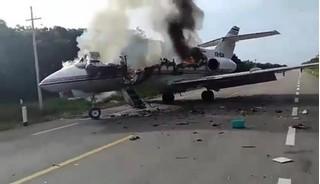Tin tức thế giới 6/7: Máy bay chở hàng trăm kg ma túy bốc cháy tại Mexico