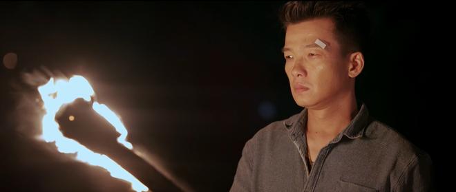 Võ sư Vịnh Xuân Quyền Peter Phạm lần đầu tiên xuất hiện trên màn ảnh Việt