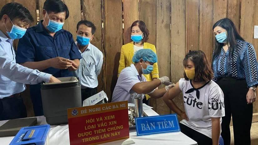 Hơn 1 triệu trẻ sẽ tiêm bổ sung vaccine khi các ca mắc bạch hầu tăng nhanh