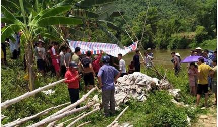 Yên Bái: Bàng hoàng phát hiện 3 nữ sinh chết đuối dưới suối