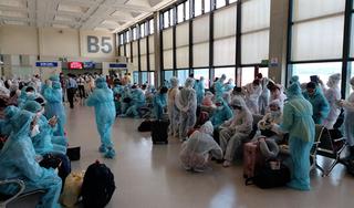 Đưa hơn 240 công dân Việt Nam từ Đài Loan về nước an toàn