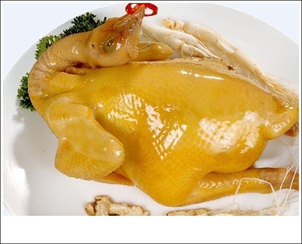 Luộc gà theo cách này, đảm bảo gà giòn ngon, không bị nứt toác