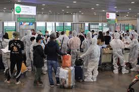 Đưa 300 người Việt từ Nga về nước an toàn