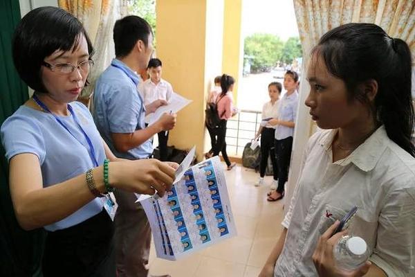 Thi vào lớp 10 tại Hà Nội: Thí sinh đến chậm quá 15 phút sẽ không được dự thi