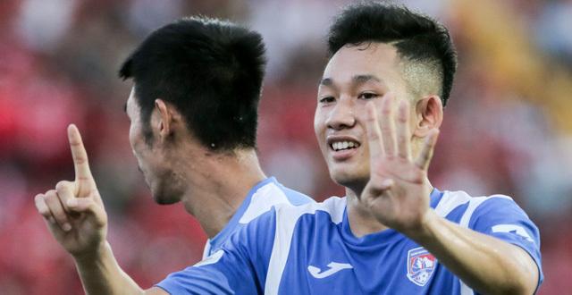 HLV Park Hang Seo đi 'xem giò' cầu thủ có tố chất giống Quang Hải