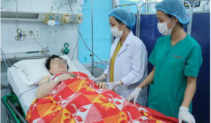 Xuất huyết ồ ạt trong tuần 36 thai kỳ, mẹ con thai phụ được cứu sống 'ngoạn mục'