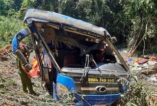 Danh tính 40 người thương vong trên xe khách lao xuống vực
