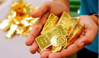 Giá vàng hôm nay 12/7/2020: Nhà đầu tư dồn dập chốt lời