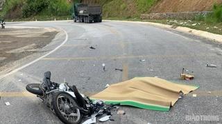Tin tức tai nạn giao thông ngày 12/7: Va chạm với xe đầu kéo, người phụ nữ ngoại quốc tử vong