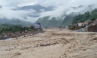 Tin tức trong ngày 12/7: Sơn La liên tục phát cảnh báo lũ quét, sạt lở đất