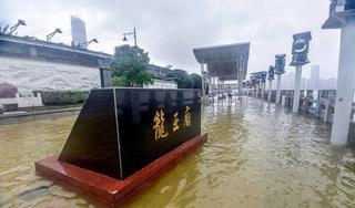 Tin tức thế giới 12/7: Trung Quốc nâng mức cảnh báo phòng lũ lụt lên nghiêm trọng