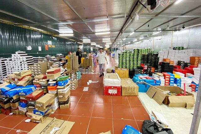 Gia thế ông chủ 9x của kho hàng lậu rộng hơn 10.000m2 ở Lào Cai