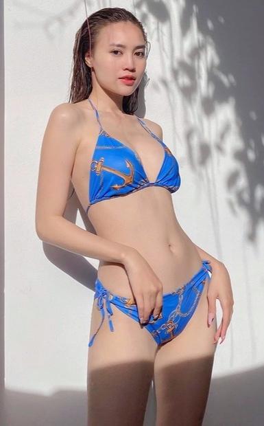 Ninh Dương Lan Ngọc mặc bikini khoe thân hình 'trước sau như một'