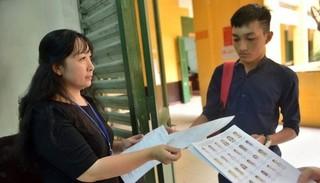 Tuyển sinh lớp 10 Hà Nội: Cán bộ coi thi sẽ tự bốc thăm phòng thi