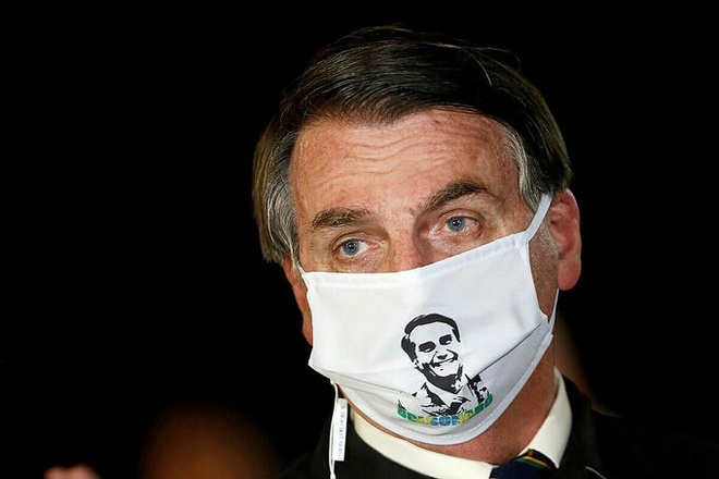 Tổng thống Brazil Jair Bolsonaro tiếp tục dương tính với Covid-19