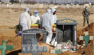 Nam Phi phạt tù đến 6 tháng người không đeo khẩu trang nơi công cộng