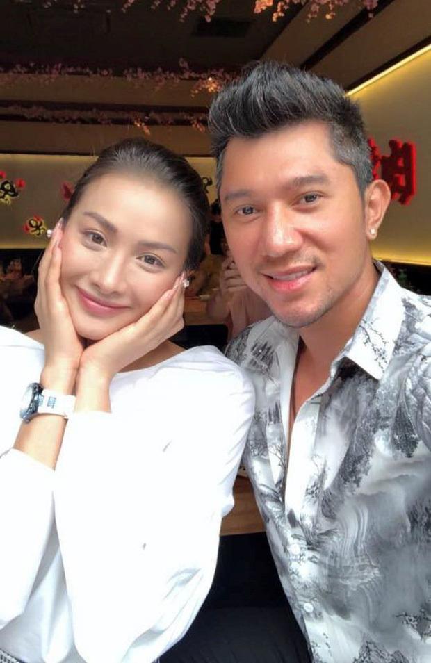 Yaya Trương Nhi tiết lộ Lương Bằng Quang vẫn nhắn tin tán tỉnh hậu chia tay, lợi dụng hình ảnh để PR
