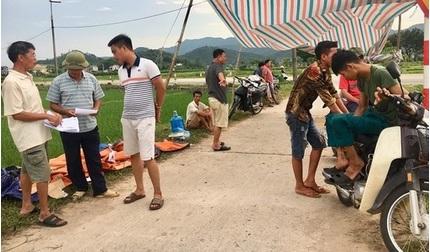 Hà Nội chỉ đạo khẩn vụ người dân chặn xe vào bãi rác Nam Sơn