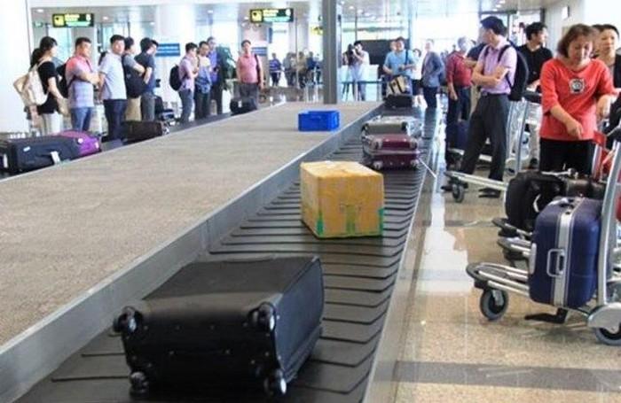Nữ hành khách bị hành hung ngay tại băng chuyền hành lý sân bay
