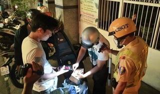 Bị kiểm tra, rút thẻ đỏ tự xưng 'cảnh sát hình sự' rồi tấn công lại cảnh sát