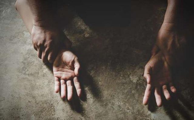 Vụ ni cô 19 tuổi bị hiếp dâm, cướp: Nhóm đối tượng nói giọng Băc
