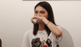 Bị réo tên trong vụ bán dâm nghìn đô, Hoa hậu Tường Linh bật khóc nhờ công an vào cuộc