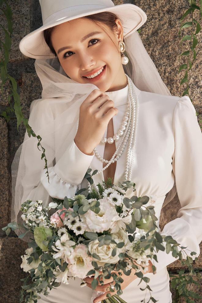 Phanh Lee lần đầu hé lộ loạt ảnh không gian hôn lễ  hoành tráng với chồng đại gia