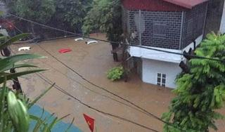 Tin tức trong ngày 21/7: Mưa lớn, nhiều tuyến phố ở Lào Cai ngập sâu