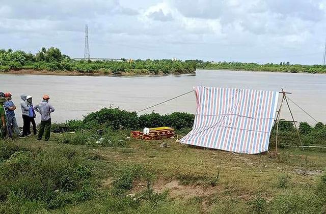 Hải Dương: Phát hiện thi thể đang có dấu hiệu phân huỷ trôi dạt trên sông
