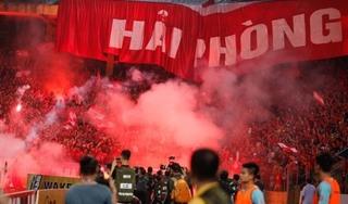 Hà Nội FC và Hải Phòng nhận án phạt nặng vì nạn đốt pháo sáng