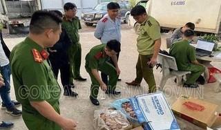Thu giữ 1 tấn thịt gà đã biến đổi màu sắc, hết hạn sử dụng ở Đồng Nai