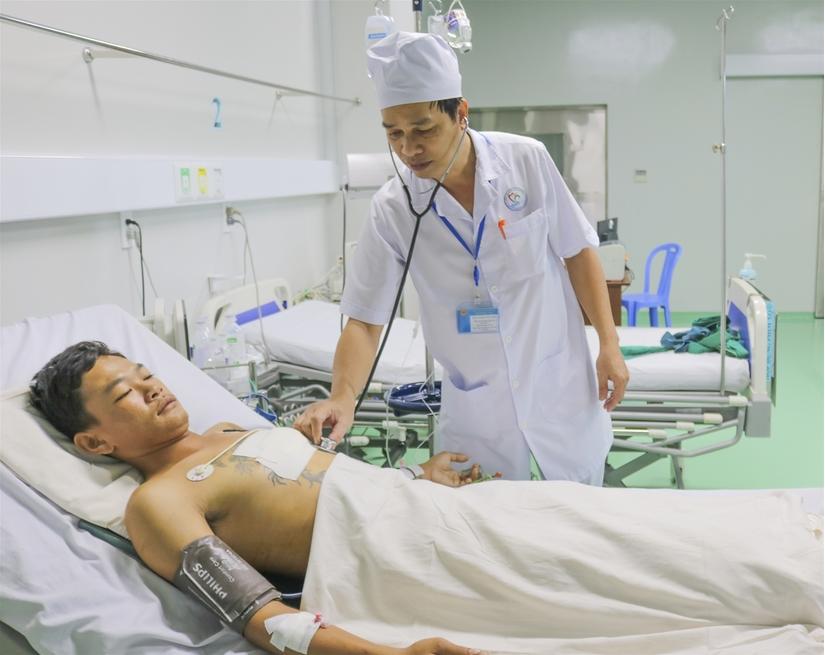 Kích hoạt báo động đỏ, cứu sống bệnh nhân bị đâm thủng tim