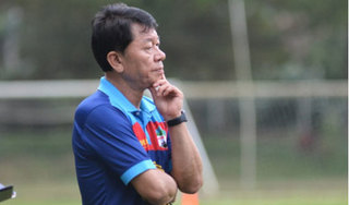 BLV Quang Tùng nói gì về việc HLV Chung Hae-seong từ chức vì trọng tài